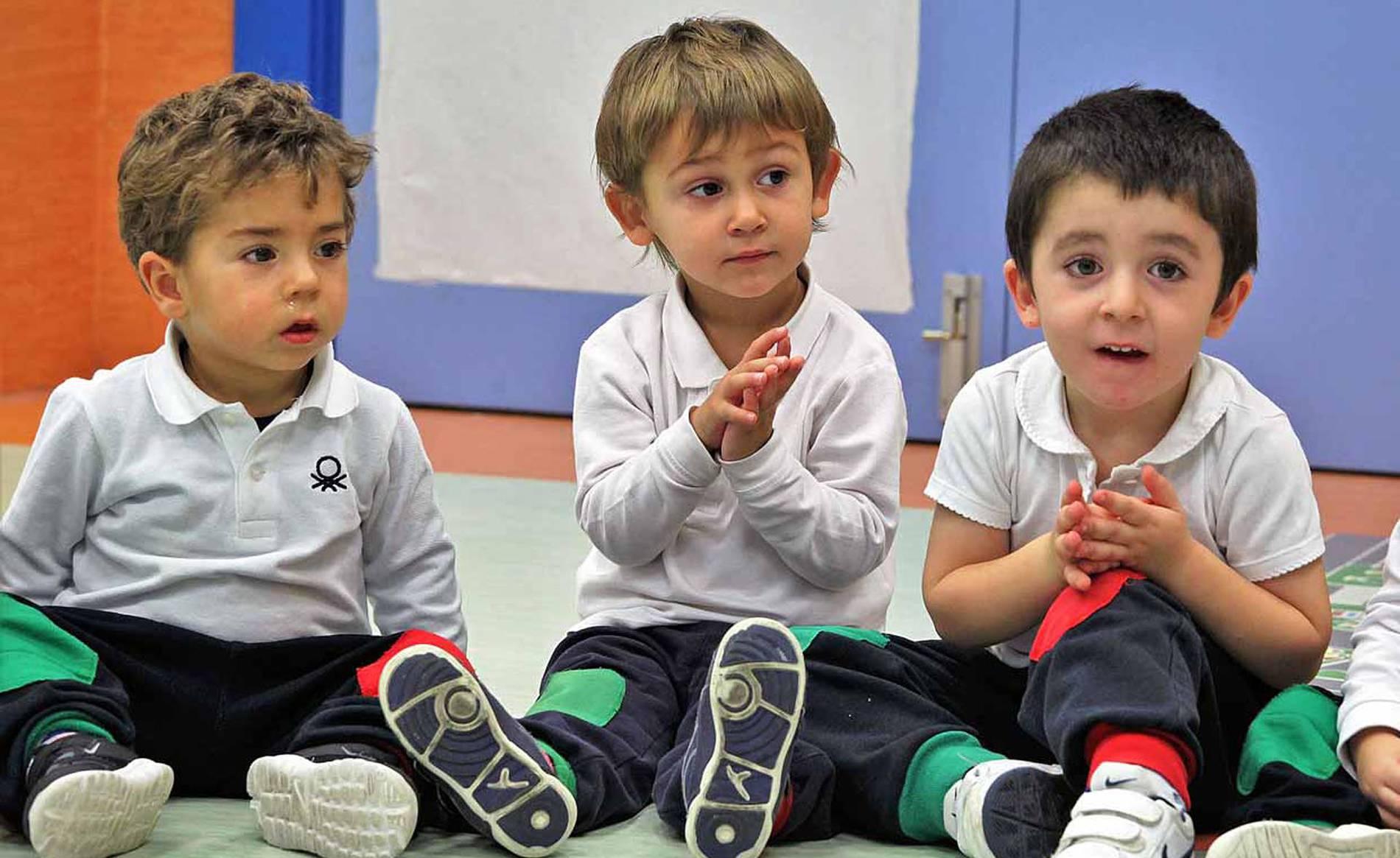 Claret Larraona (1/32) - Escolares de Claret Larraona - Navarra -