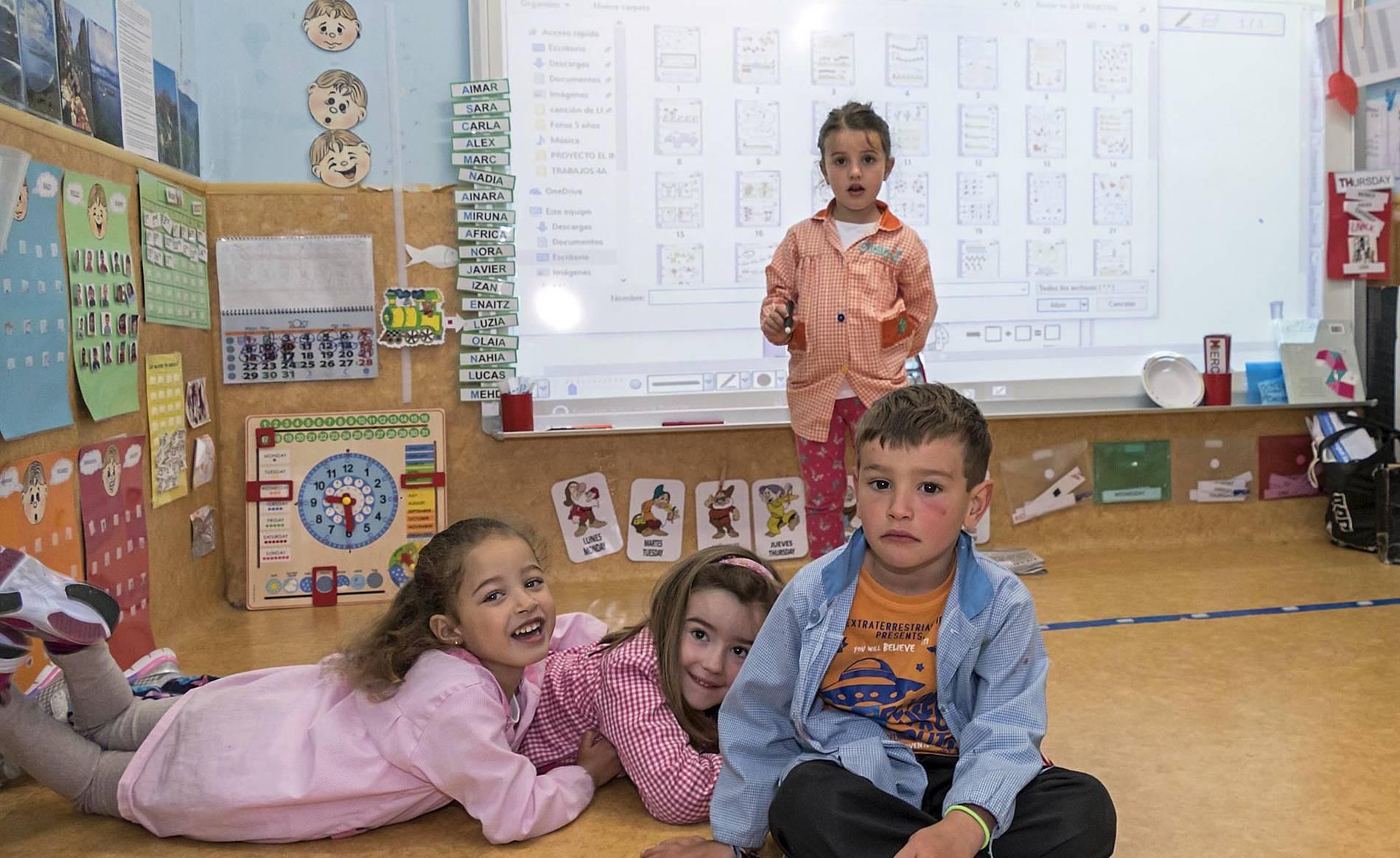 Colegio Ricardo Campano (Viana) (1/36) - Escolares del colegio Ricardo Campano. - Navarra -