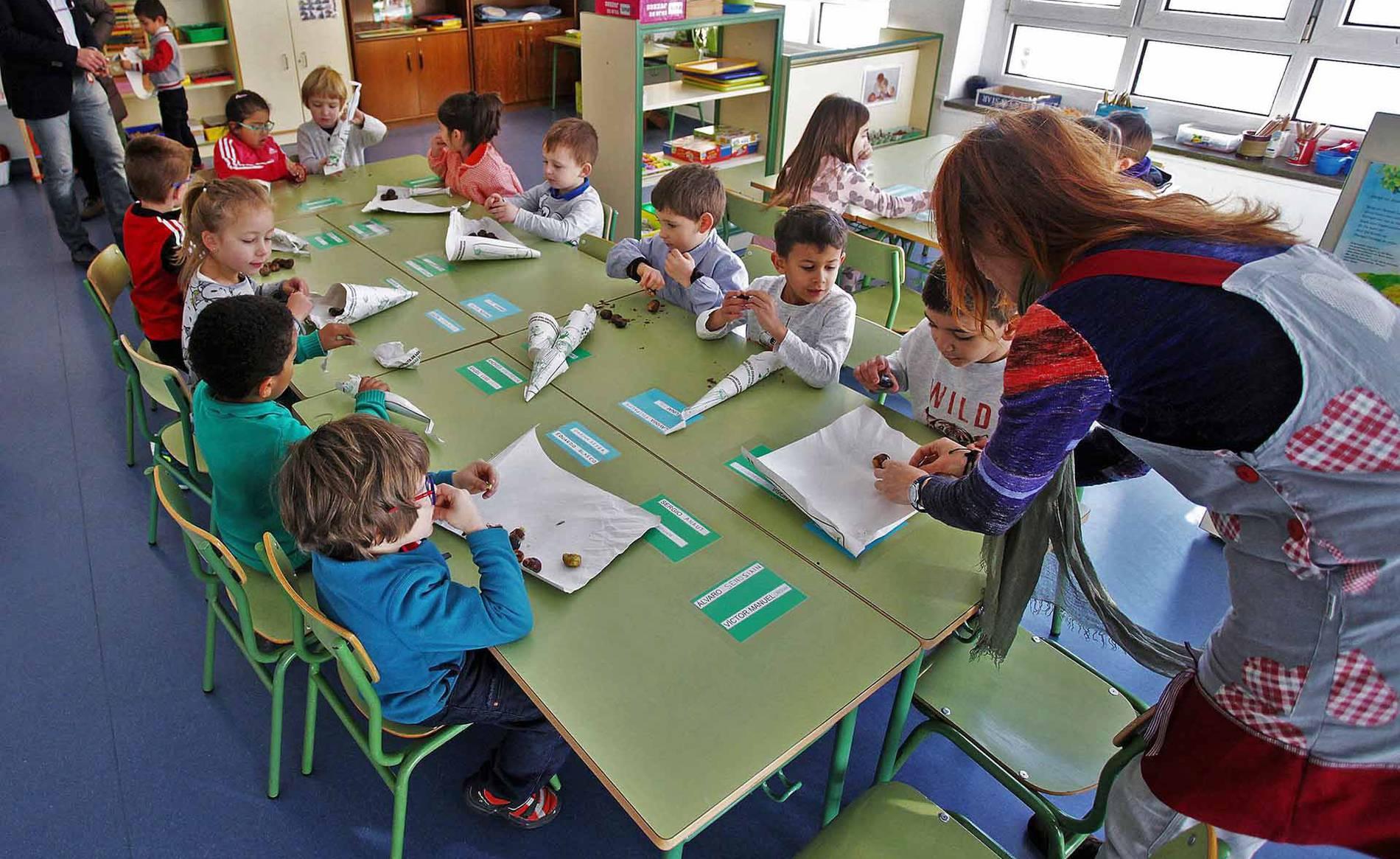 Colegio Público Paderborn (1/19) - Escolares del colegio Paderborn - Navarra -