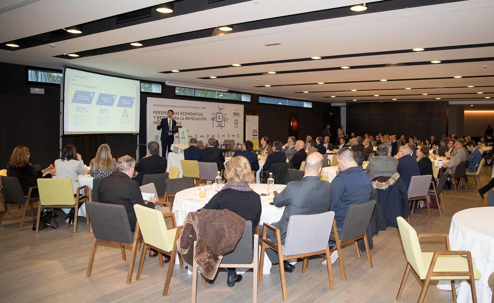 Desayuno BBVA - DN 3 (1/23) - Jornada organizada por Diario de Navarra y BBVA para abordar las perspectivas económicas y los retos de la revolución industrial 4.0, en la que participaron 140 profesionales del mundo empresarial navarro. - DN Management -