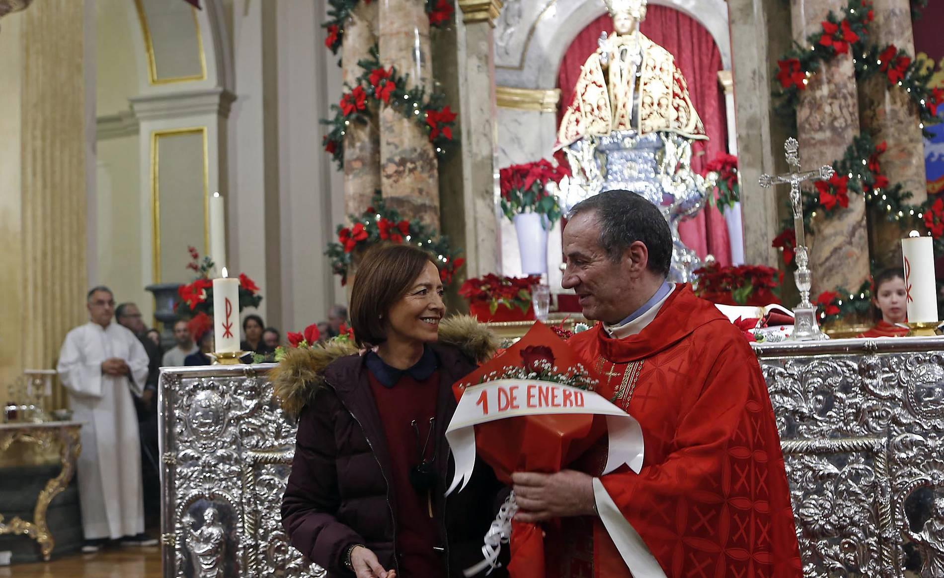 Primera misa de la escalera de San Fermín (1/10) - La Cofradía de San Saturnino fue la encargada de amenizar una liturgia que terminó con la tradicional jota. - Pamplona -
