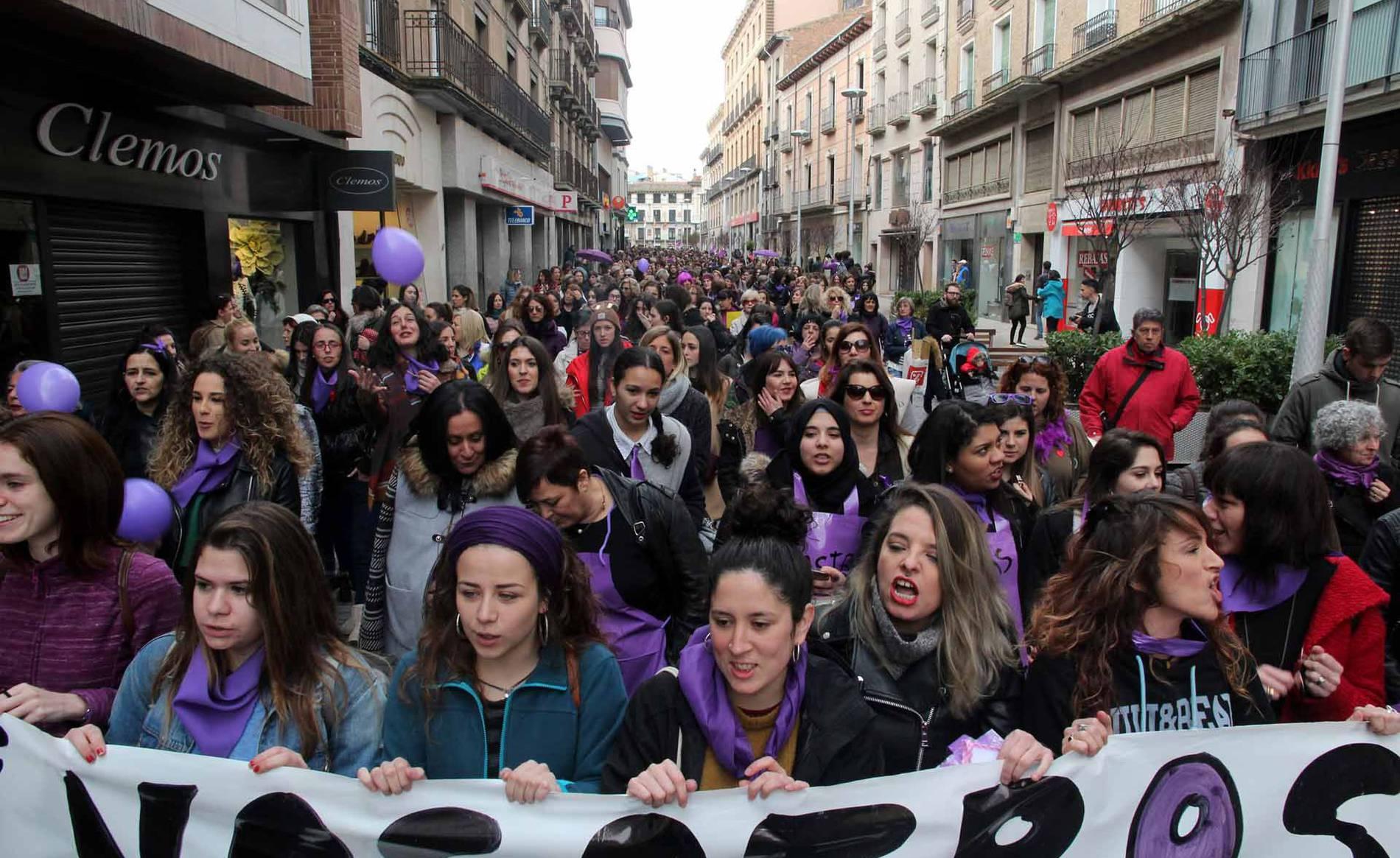 Manifestación en Tudela por el Día de la Mujer (1/11) - Imágenes de la marcha convocada por la plataforma 8m de la Ribera. - Tudela -