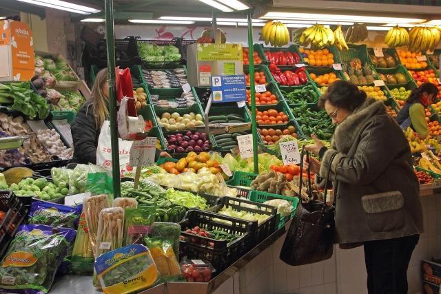Fiesta de fin de curso en los mercados municipales for Cursos de cocina en pamplona