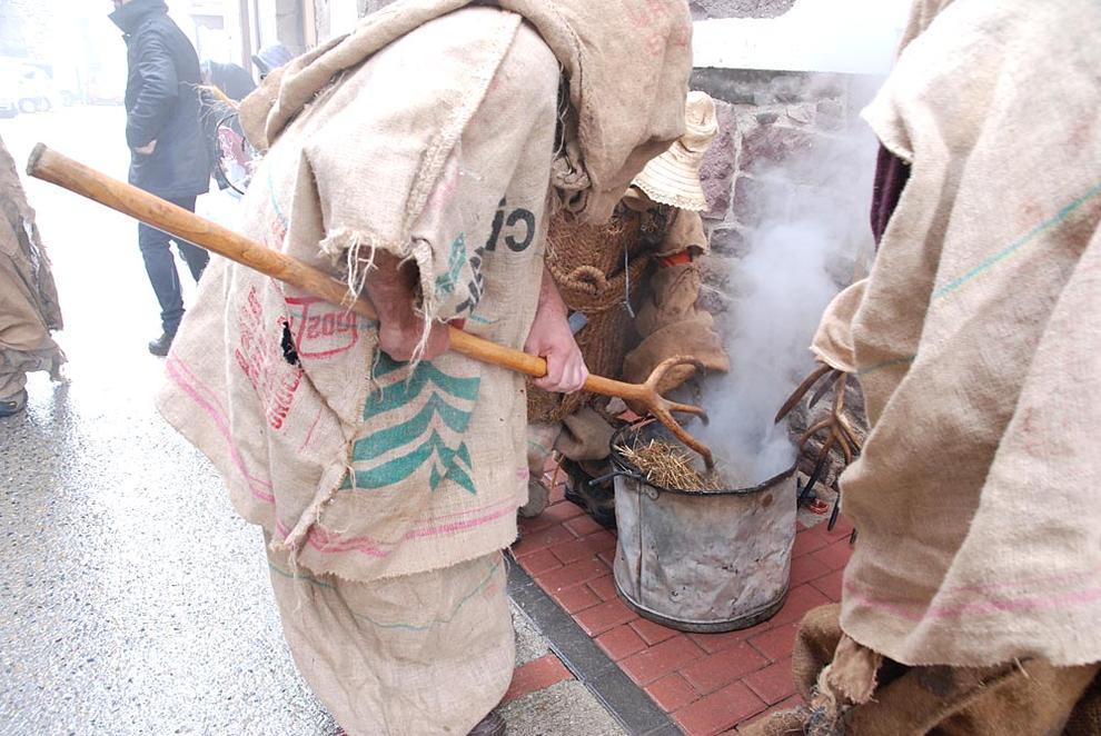 Carnavales de Lantz txikis (1/115) - Los más pequeños de la localidad celebraron uno de los días más importantes - Zona norte -