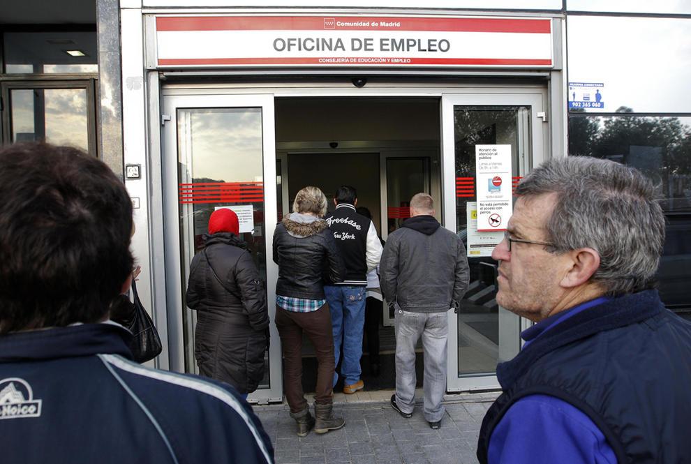 El paro alcanza los con nuevos for Oficina empleo madrid