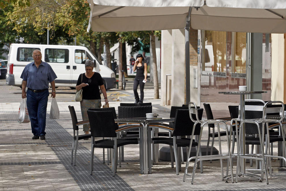 Las terrazas podr n abrir hasta la 1 de la noche de mayo for Kfc terrazas de mayo