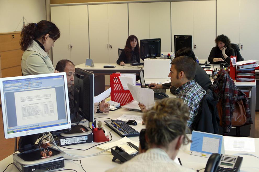 El paro descendi en junio en navarra en 736 personas noticias de navarra en diario de navarra - Oficina de empleo navarra ...