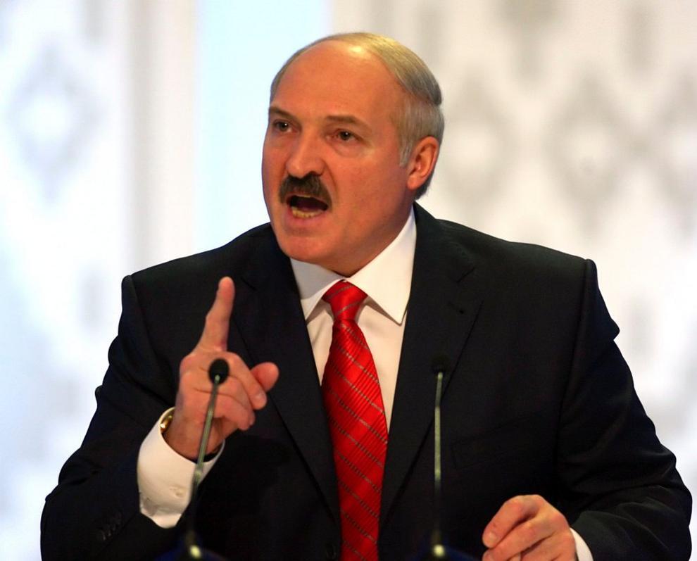 Unos ositos de peluche enfadan al último dictador europeo