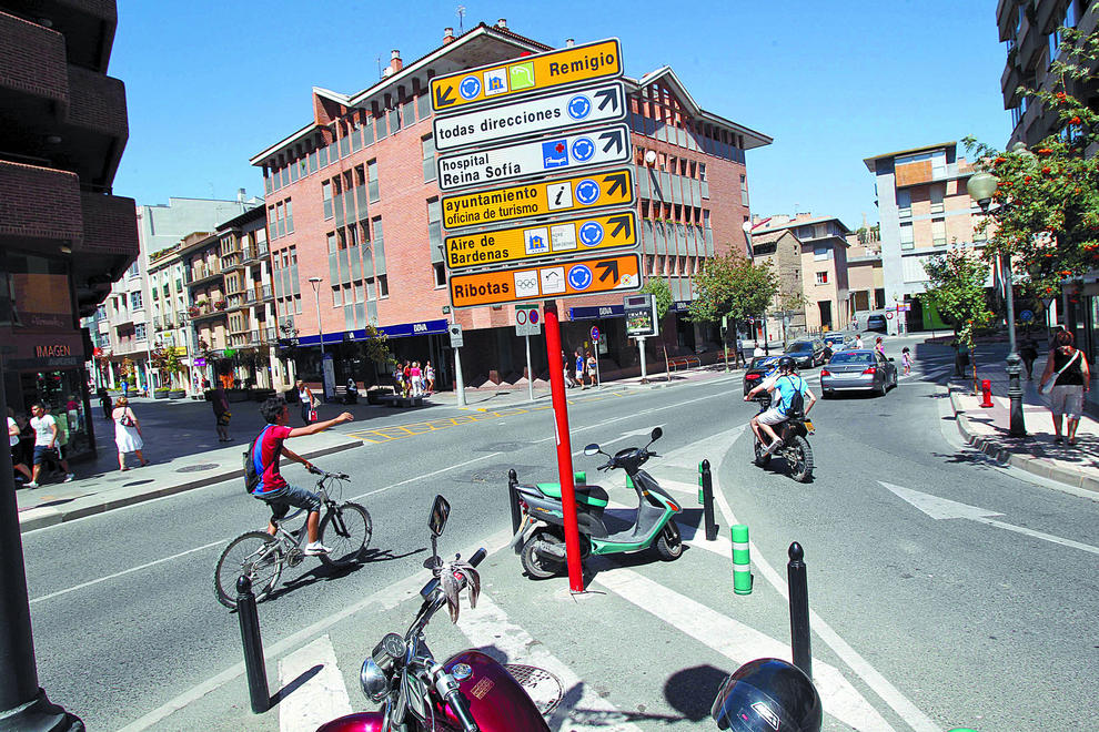 Tudela cambiar se ales err neas de la oficina de turismo noticias de tudela y ribera en - Oficina de turismo zaragoza ...
