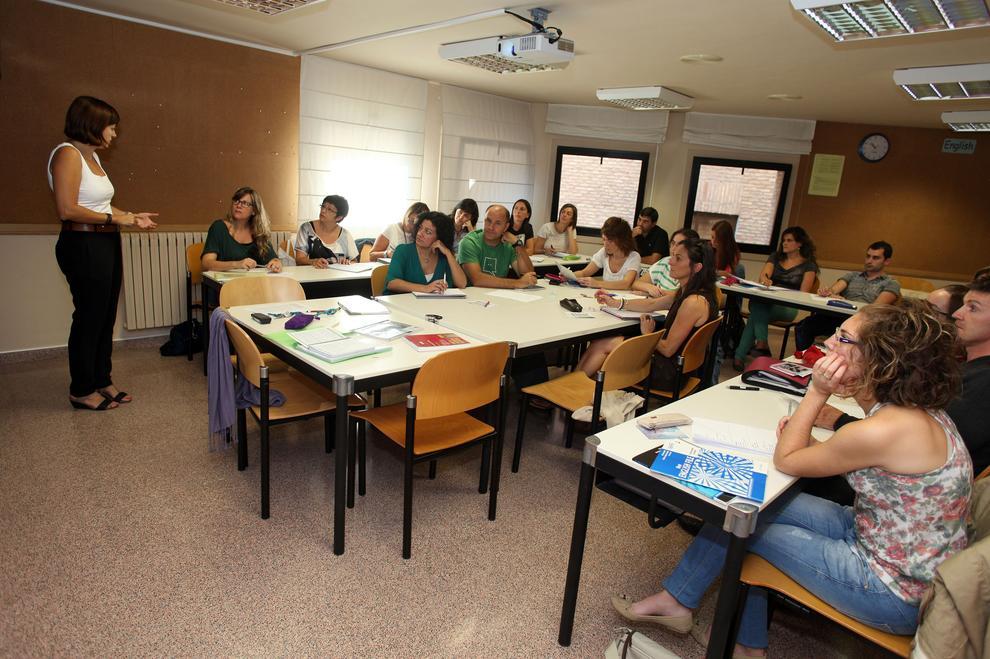 690 personas se quedan sin plazas de ingl s en la escuela - Escuela oficial de idiomas inca ...