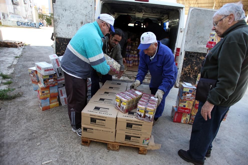 El banco de alimentos necesita 900 voluntarios la gran recogida noticias de navarra en diario - Banco de alimentos de navarra ...