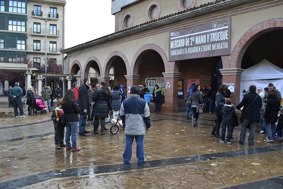 Mercado del trueque y segunda mano en Huarte (1/34) - Mercado del trueque y segunda mano en Huarte - Pamplona y Comarca -