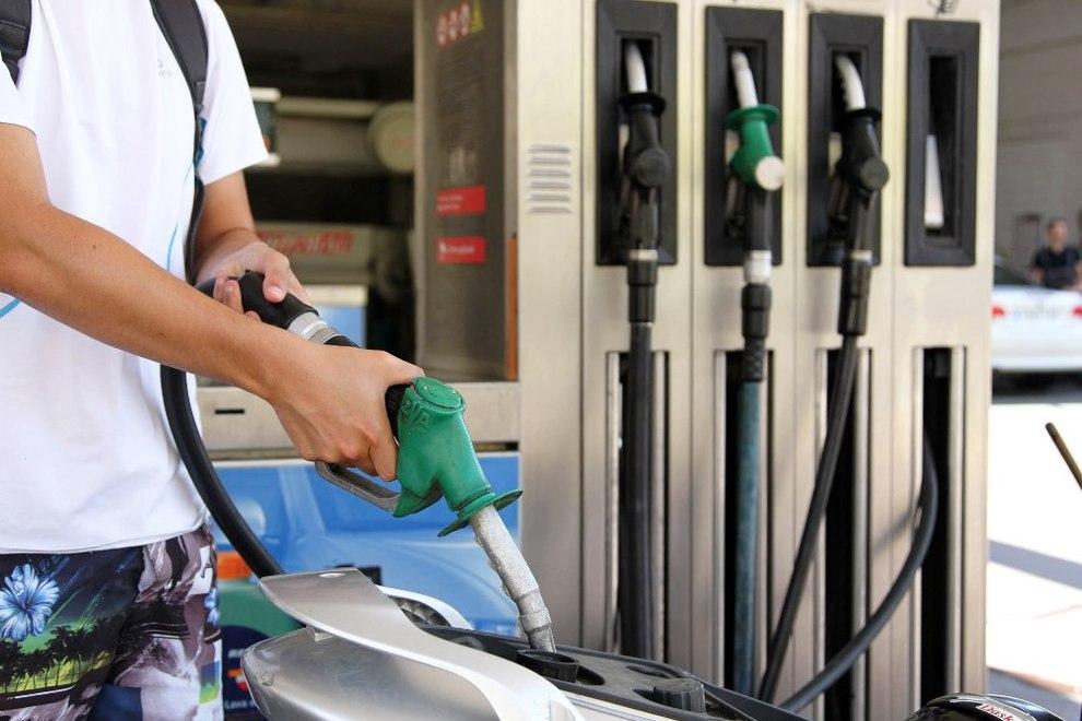 La gasolina del rendimiento del motor