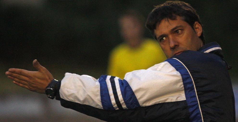 Raúl Marco, destituido como entrenador del Izarra   Noticias de ...