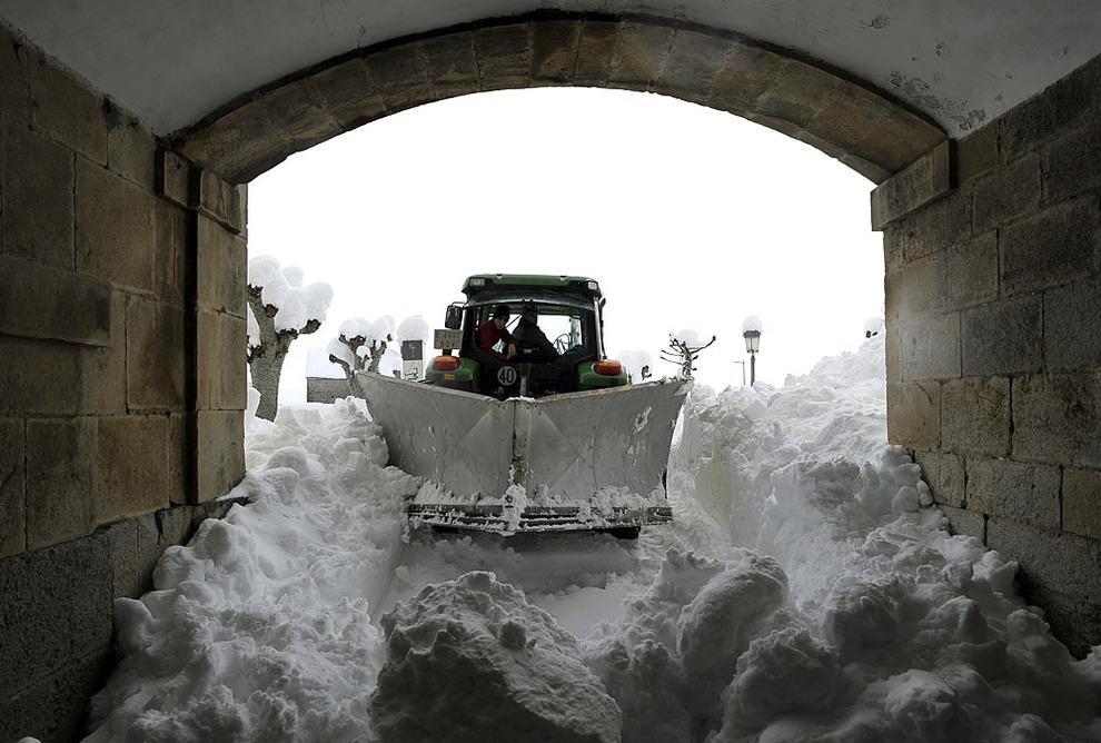 Histórica nevada en Roncesvalles y en Garralda (1/56) - Imágenes de este sábado 9 de febrero - Navarra -