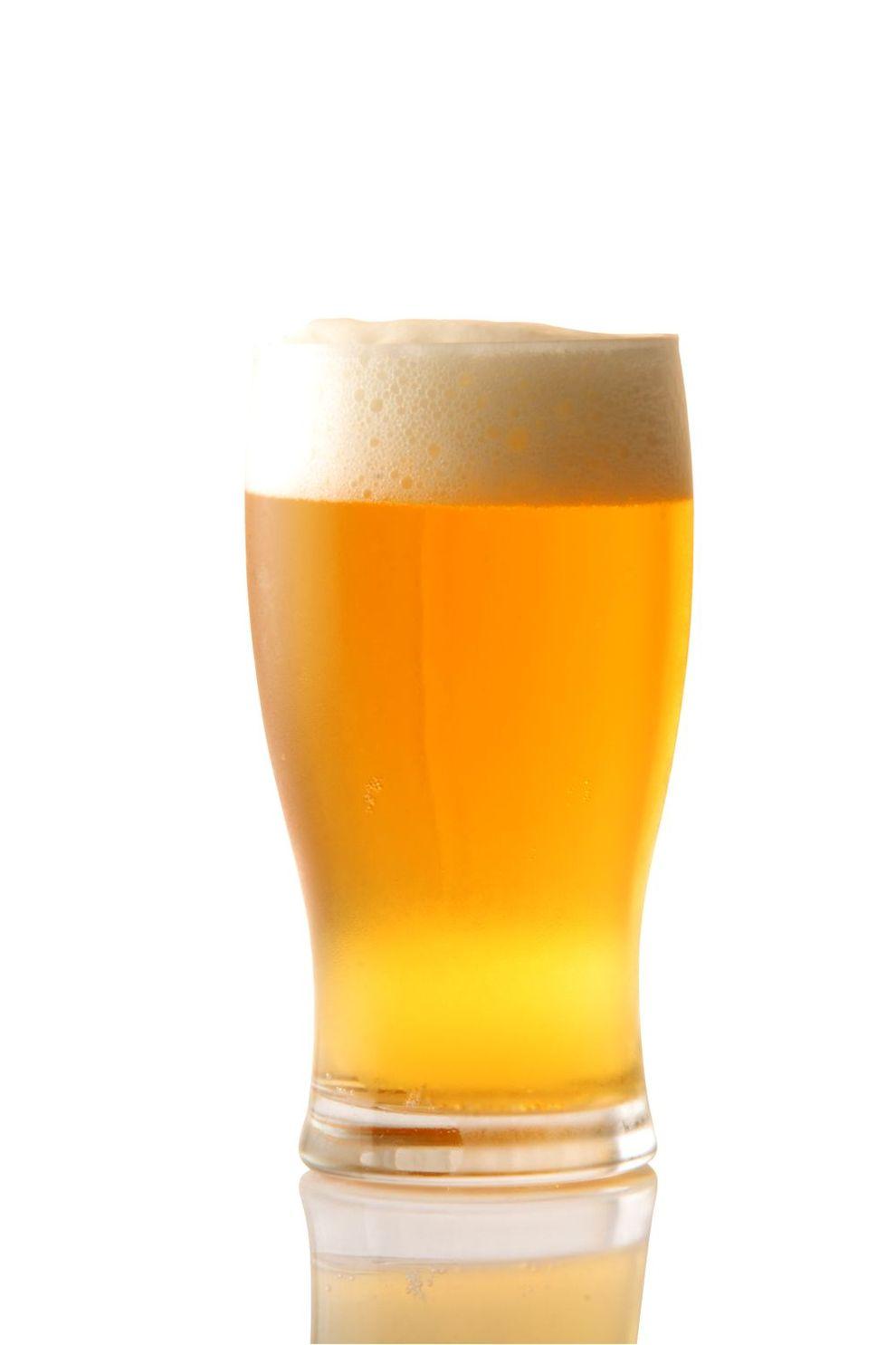 una cerveza señoras y putas