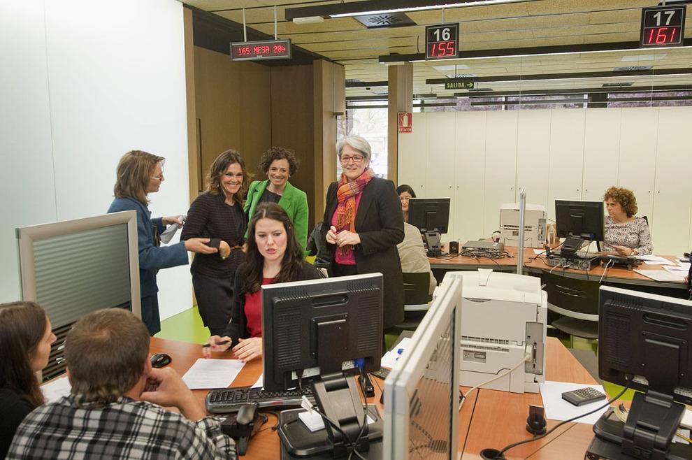 Comienza la campa a presencial de la renta 2012 en navarra noticias de navarra en diario de - Oficina de empleo navarra ...