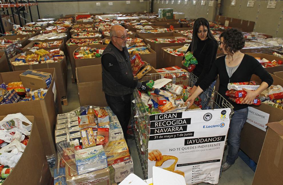 La ii gran recogida inunda los almacenes del banco de alimentos noticias de navarra en diario - Banco de alimentos de navarra ...