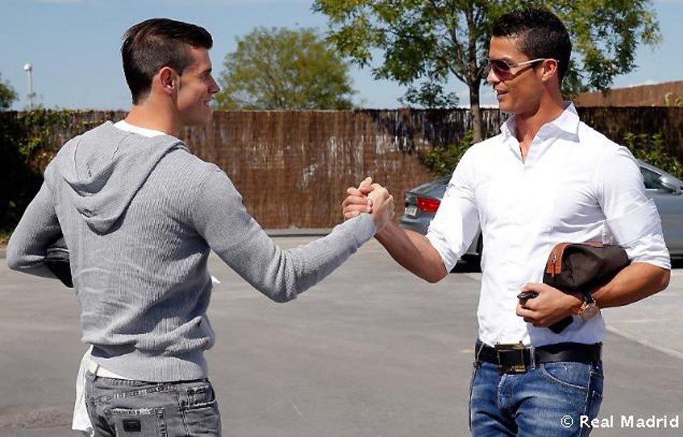 Primer entrenamiento de Bale con el Real Madrid (1/5) - Primer entrenamiento de Bale con el Real Madrid - Fútbol -