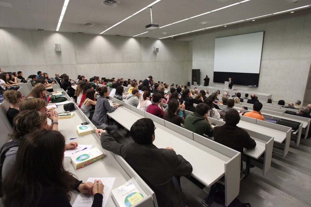 La universidad de navarra ofertar el grado de psicolog a for Empresas de limpieza en pamplona