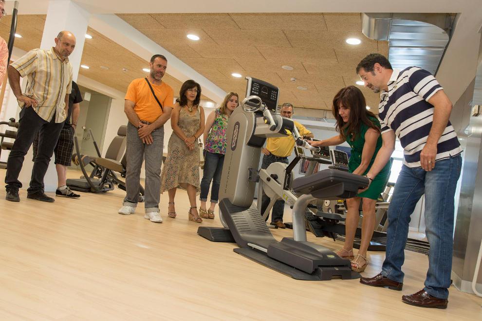 Zizur inaugura un gimnasio de 400 m2 en el antiguo bar de for Gimnasio nagusia