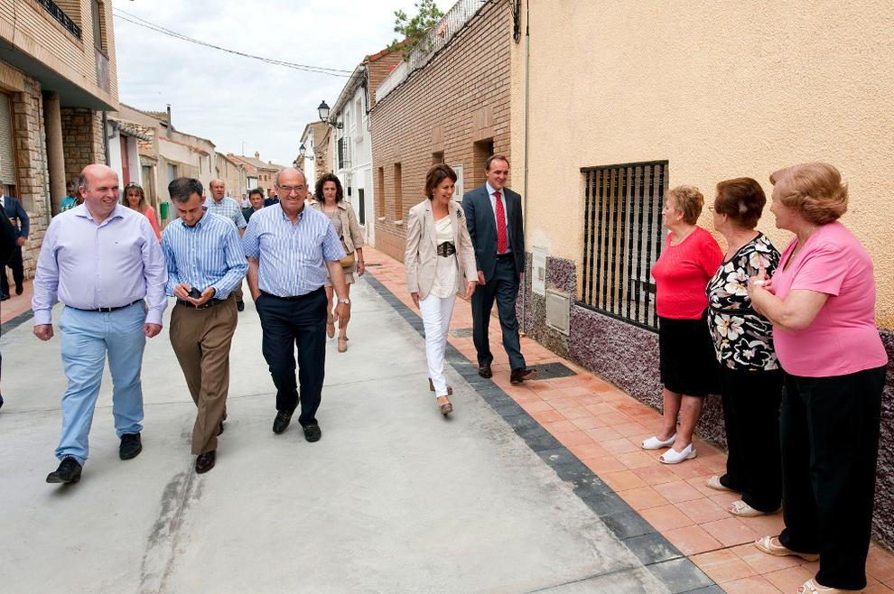 Cabanillas Estrena El Nuevo Pavimento De Tres De Sus Calles