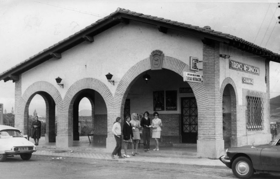 Pamplona y sus oficinas de turismo noticias de pamplona for Oficinas bankia pamplona