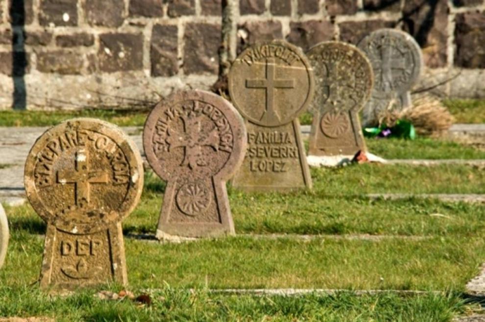 El cementerio de Burguete, el mejor camposanto de España ...