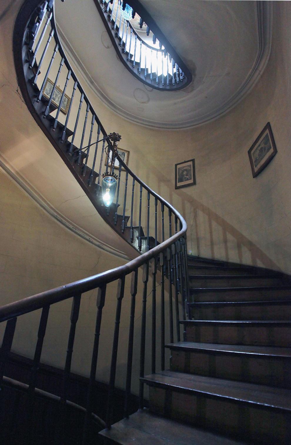 Una escalera \