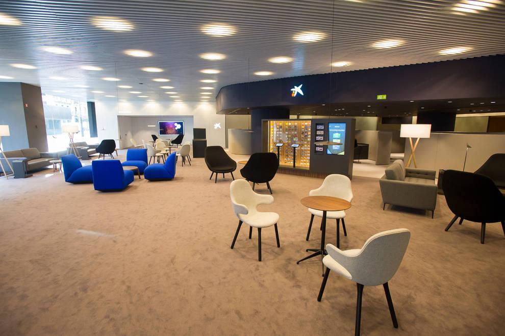 Caixabank caixabank retira los traslados forzosos en la for Cx catalunya caixa oficinas