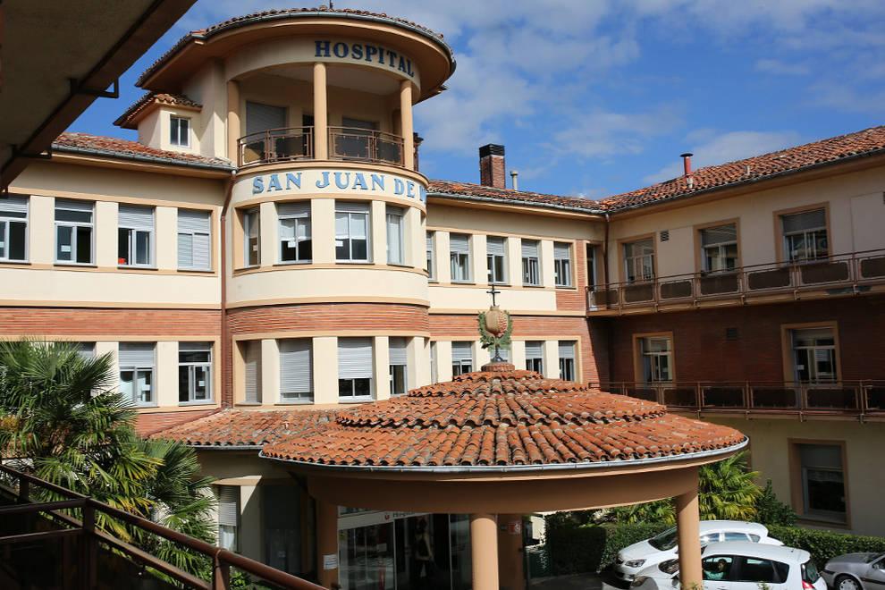 El hospital san juan de dios recauda fondos contra el for Piscinas san juan pamplona