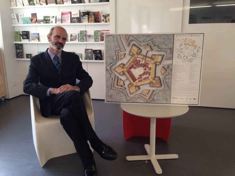 Pamplona la ciudadela en un recortable noticias de for Oficina turismo tudela