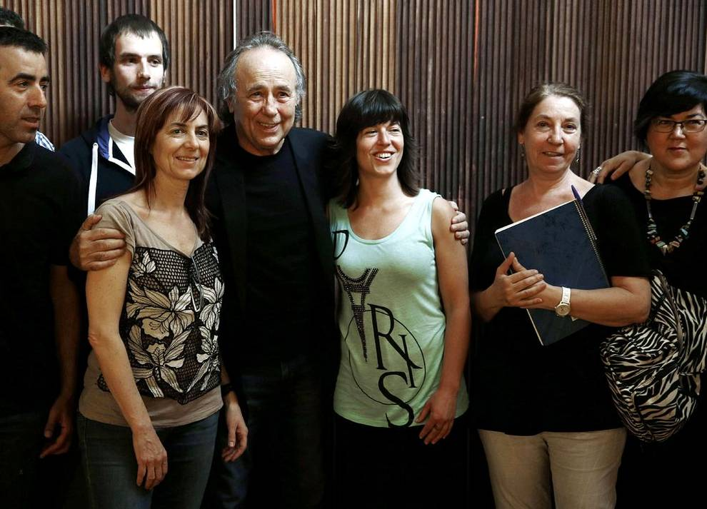 Rueda de prensa de Joan Manuel Serrat en Pamplona (1/8) - El cantautor Joan Manuel Serrat ofreció una rueda de prensa en Pamplona con motivo de su actuación en Baluarte en la que repasará su carrera musical. - Cultura -