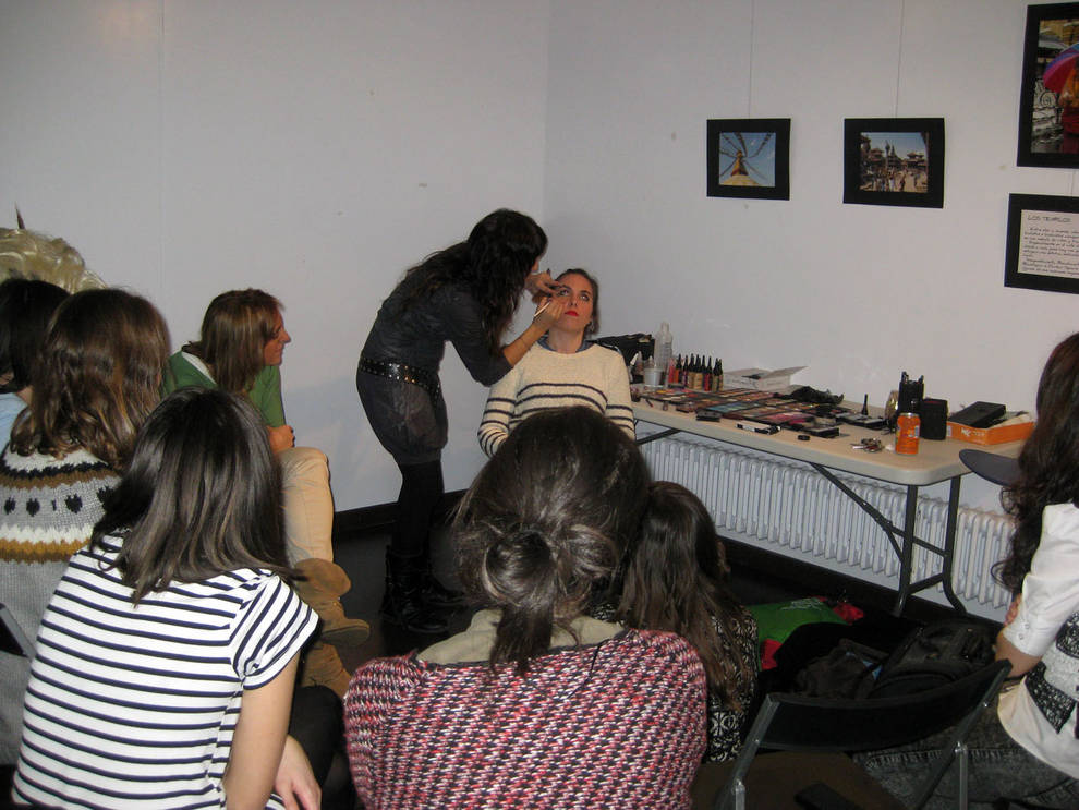 Casa de la juventud cocina danza y deporte entre los for Cursos de cocina en pamplona