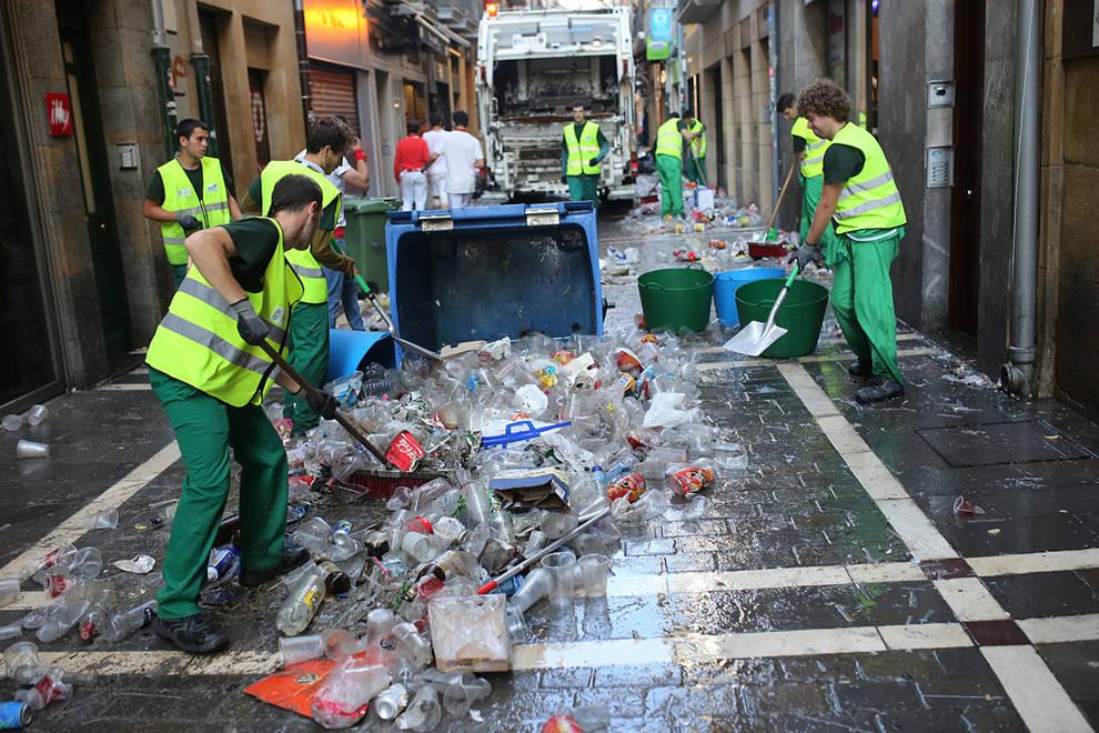 Pamplona el contrato del servicio de limpieza urbana for Empresas de limpieza en pamplona