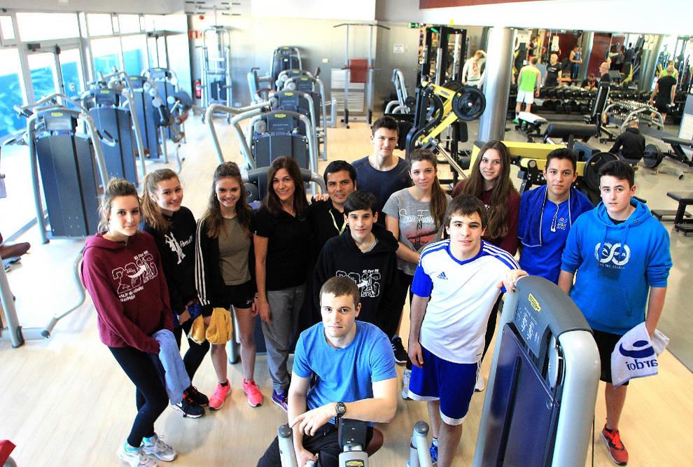 Zizur mayor adolescentes en el gimnasio en zizur for Gimnasio nagusia