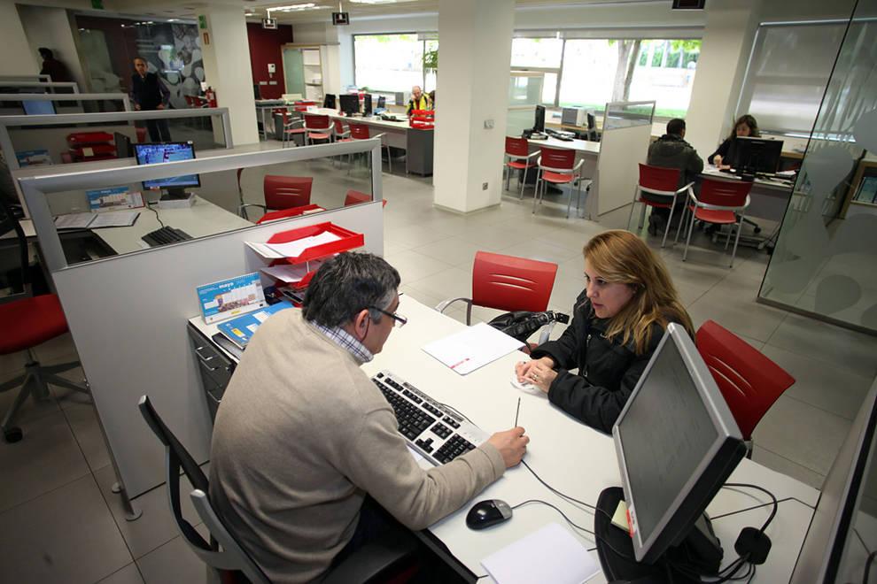 El 12 2 de los empleados quiere trabajar m s pero no for Oficina turismo tudela