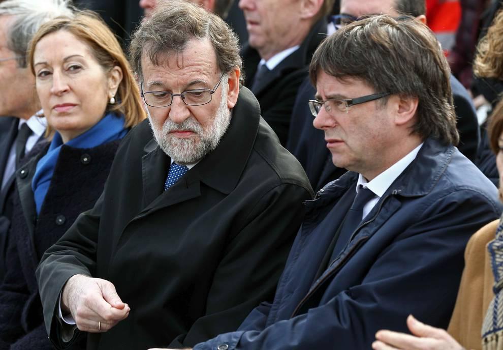 Como buen gallego chaquetero, Mariano Rajoy logra lo que no lograron los independentistas