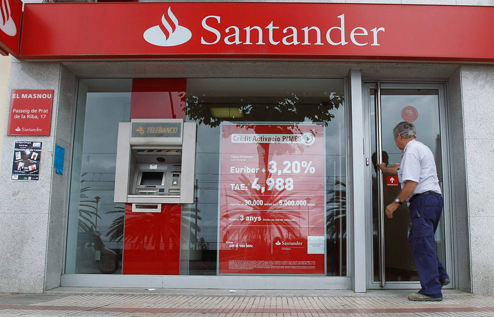 El santander suprimir empleos en espa a la mitad for Oficinas banco santander murcia