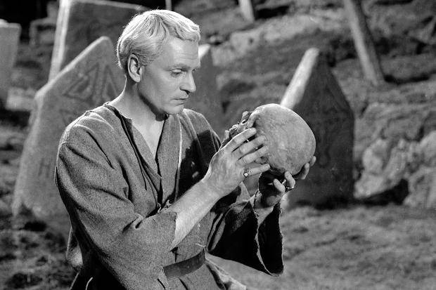 Cine - El 'Hamlet' de Laurence Olivier, este martes en la Filmoteca |  Noticias de Cultura en Diario de Navarra