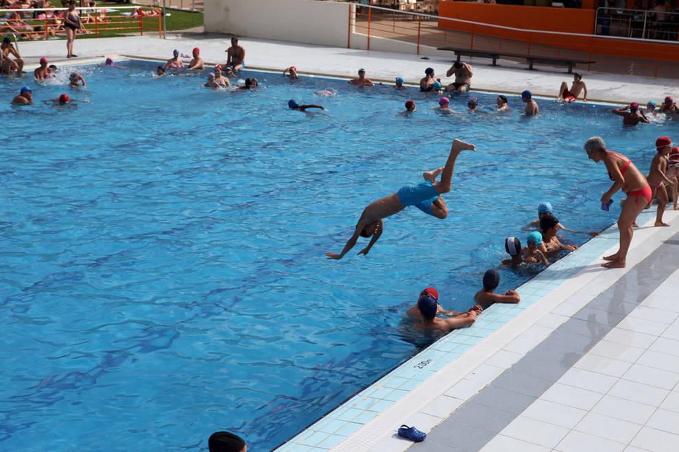 Dnplus tudela tudela saca a concurso las actividades for Piscinas cubiertas tudela