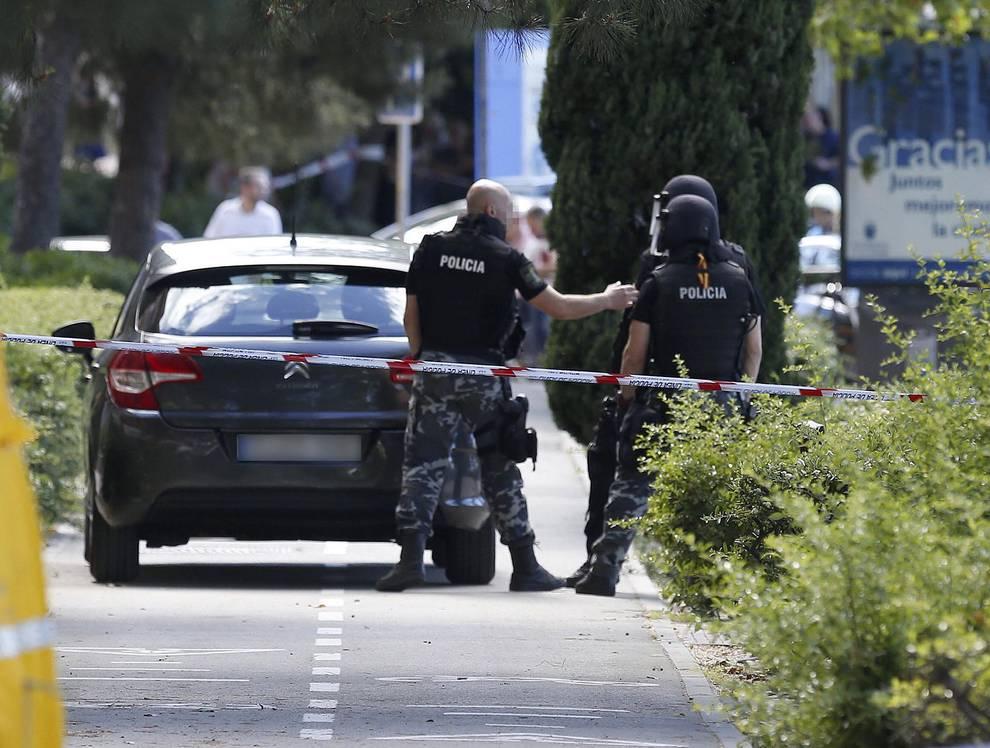 Sucesos - Fallece el policía atrincherado en Alcobendas tras ...