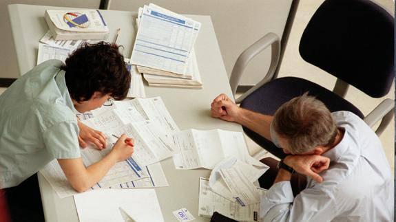 El desplome del 23 en los ingresos de sociedades dispara for Oficinas de agencia tributaria madrid
