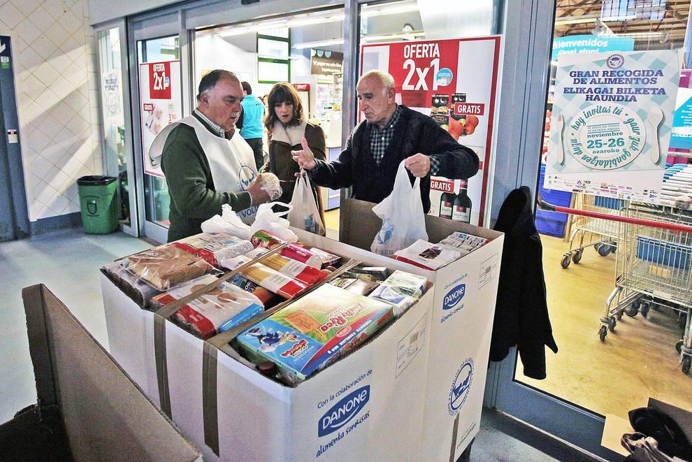 El banco de alimentos de navarra necesita mil voluntarios para la 39 gran recogida 39 noticias de - Banco de alimentos de navarra ...