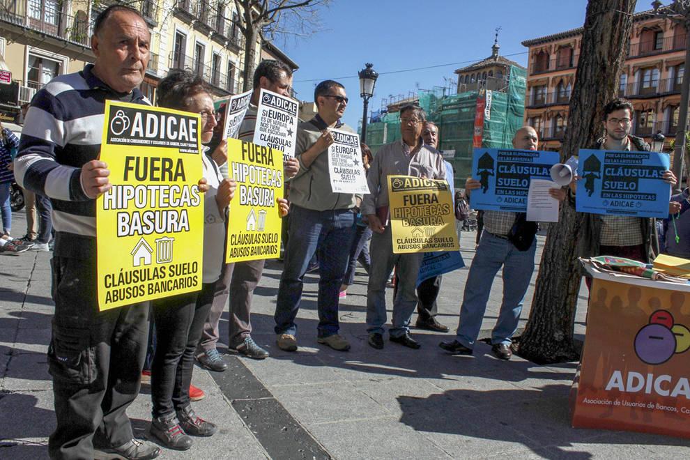 Facua denuncia que el gobierno regala una tregua de for Clausula suelo facua