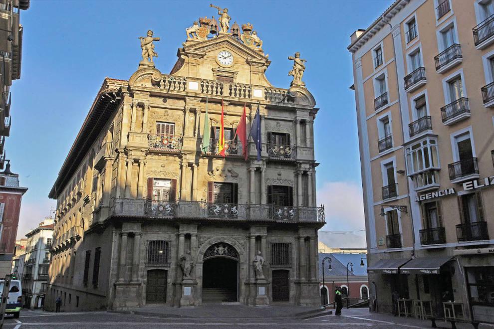 Noche puesto grande en Pamplona