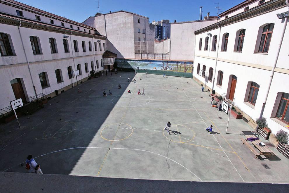 El Ayuntamiento de Pamplona visita el Colegio San Francisco ...