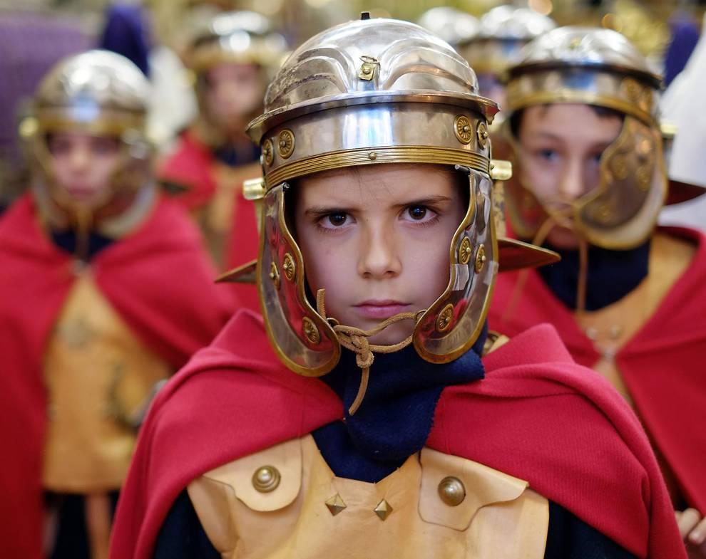 Procesión de Jueves Santo en Pamplona (1/25) - Marcha por las calles de la capital navarra en la Semana Santa de 2017. - Pamplona -