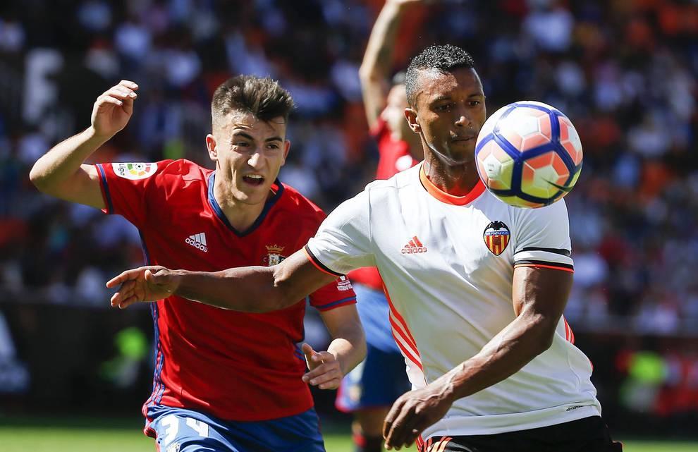 Valencia 4-1 Osasuna (1/7) - Disfruta de las mejores imágenes del partido entre Valencia y Osasuna disputado en Mestalla (4-1) - Osasuna -