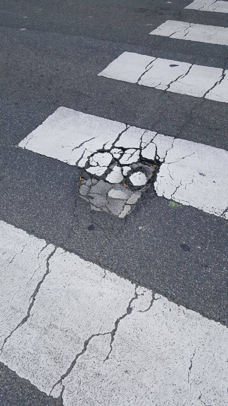 Pasos de peatones peligrosos en Pamplona detectados por los lectores (1/41) - Los lectores de Diario de Navarra denuncian pasos de cebra en Pamplona peligrosos o por situaciones de riesgo. - Pamplona -